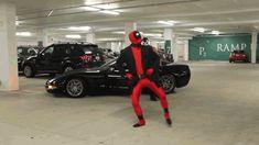 Deadpool and Bane Gangnam style Deadpool Cosplay, Deadpool And Spiderman, Lady Deadpool, Marvel Heroes, Marvel Characters, Marvel Dc, Marvel Comics, Venom Comics, Marvel Funny