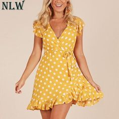 SheIn offers Polka Dot Layered Ruffle Hem Sleeveless Dress & more to fit your fashionable needs. Yellow Dress Casual, Yellow Dress Summer, Black Dress Outfits, Summer Dresses, Dress For Short Women, Casual Dresses For Women, Cute Dresses, Short Dresses, Dresses With Sleeves