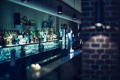 #Bo Cinq is vanaf 2009 een hippe #hotspot in #Amsterdam om gezellig te eten en drinken. Het pand bestaat uit twee ruimtes: een chique #restaurant en een prachtige #wijnbar. Bij #BoCinq waan je je even in een andere wereld.