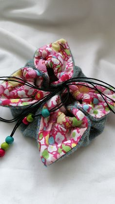Harris Tweed, Lotus Flower, Pouch, Gift Wrapping, Flowers, Gifts, Stuff To Buy, Paper Wrapping, Lotus