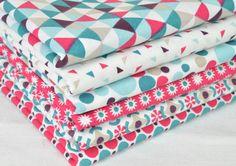 Lot de 6 coupons tissu patchwork Fuchsia / Bleu 50 x 50 cm : Tissus pour Patchwork par clementine-creations
