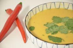 Recept voor een heerlijke zoete aardappelsoep Sweet Potato Soup, Soup And Salad, Thai Red Curry, Risotto, Mashed Potatoes, Nom Nom, Paleo, Good Food, Lunch