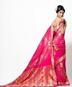 Model displaying beautiful pink designer traditional silk saree with printed and zari border work paired with designer ruffled sleeves saree blouse for back. Nalli Silk Sarees, Indian Silk Sarees, Ethnic Sarees, Nalli Silks, India Fashion, Asian Fashion, Women's Fashion, Sabyasachi, Lehenga