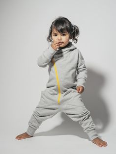 GUGGUU kids fashion. Kids wear. Kids clothes. GUGGUU JUMPSUIT.