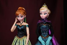 Explore the Ooak dolls collection - the favourite images chosen by crystal-of-ix on DeviantArt. Disney Descendants Dolls, Disney Princess Dolls, Frozen Princess, Disney Dolls, Barbie Dolls, Frozen Wallpaper, Disney Phone Wallpaper, Anna Dolls, Barbie Stories