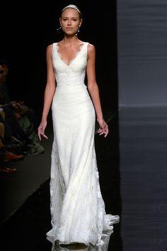 Das russische Model und Freundin von F1-Fahrer Fernando Alonso, Dasha Kapustina durfte bei der Bridal Week in Barcelona dieses traumhafte Hochzeitskleid