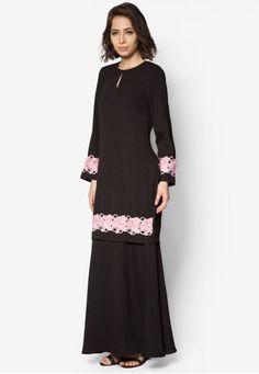 Kebaya, Muslim Fashion, Fashion Ideas, Touch, Traditional, Beads, Formal, Chic, Casual