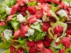 Giada's Escarole and Olive Salad with Raspberry Dressing - News Break Bacon Dressing, Honey Mustard Dressing, Dressing Recipe, Salad Dressing, Lemon Herb Chicken, Cherry Tomato Sauce, Grilled Romaine, Olive Salad, I Chef