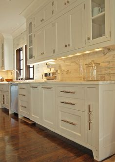 A Transitional White Kitchen   Traditional   Kitchen   Atlanta   By Morgan  Creek Cabinet Company