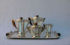 French Cab art deco bronze sculptures and lightings