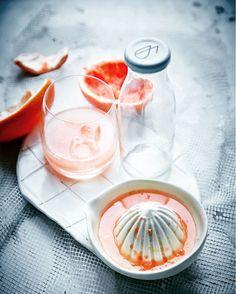 grapefruit juice, fresh, food photography Grapefruit Juice, Panna Cotta, Food Photography, Fresh, Ethnic Recipes, Dulce De Leche