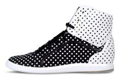 polka dots shoe.