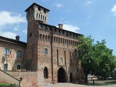 CASTELLO DI POZZOLO FORMIGARO  Situato a Pozzolo Formigaro (AL)  by Claudio Vagaggini