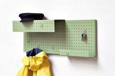 halfmann mennickheim // raster shelving wardrobe