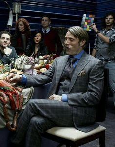 bloopers behind the scenes of the photoshoot Hannibal Season 1, Dr Hannibal Lecter, Hannibal Cast, Hannibal Funny, Hannibal Tv Show, Hannibal Series, Sherlock Holmes, Hannibal Wallpaper, Will Graham