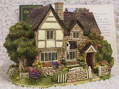 Lilliput Lane .. THE WHITE HART .. Minster Lovell - Oxfordshire .. BOX & DEEDS