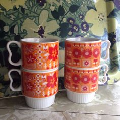 4 STACKABLE COFFEE CUPS MUGS Japan Ceramic Floral Daisy Flower Retro Vintage MCM