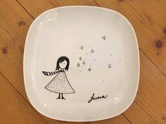 Most current Totally Free Ceramics pottery jars Concepts IKEA Geschirr Hack-Teller-Stern… Pottery Painting, Ceramic Painting, Pottery Art, Ceramic Art, Mason Jar Crafts, Mason Jar Diy, Porcelain Pens, Porcelain Ceramics, Painted Porcelain
