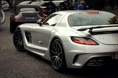 SLS AMG Black Series