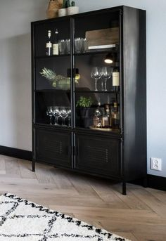 Trendy home first living rooms Ideas Home Living Room, Interior Design Living Room, Cabinet Decor, Trendy Home, Dining Room Design, Interior Inspiration, New Homes, House Design, House Styles
