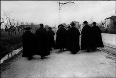 Henri Cartier-Bresson 1933 ITALY. Magnum Photos -