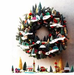 DIY: Holiday Wreath