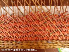 Rybí kost Paper Weaving, Rolled Paper, Paper Basket, Weaving Techniques, Pattern Paper, Basket Weaving, Paper Art, Wicker, Baskets