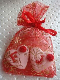 kurabiye kına gecesi Wedding Looks, Dream Wedding, Wedding Dreams, Minnie Birthday, Birthday Parties, Turkish Wedding, Henna Party, Special Day, Party Themes