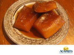 #gastronomiademexico Prueba el delicioso Dulce de Calabaza en Acapulco. LOS MEJORES PLATILLOS. El dulce de calabaza, es un postre típico de la cocina mexicana que puedes encontrar en muchos comercios del puerto de Acapulco; particularmente en aquellos que se especializan en dulces tradicionales. Se elabora con calabaza de castilla, piloncillo, agua, cal y es realmente delicioso. Durante tu siguiente visita al hermoso Acapulco, te invitamos a probarlo. www.fidetur.guerrero.gob.mx