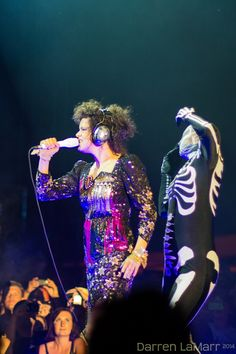 Arcade Fire -Régine Chassagne This from their August eighth Reflektor tour at The Gorge in Washington.