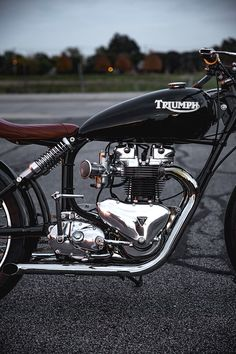 24_11_2016_the_gasbox_1960_triumph_tr6_pre_unit_bobber_ohio_19