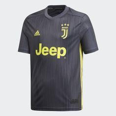 8c3d5fdf680 2017-18 Juventus Adidas Winter Padded Jacket  BNIB  BOYS