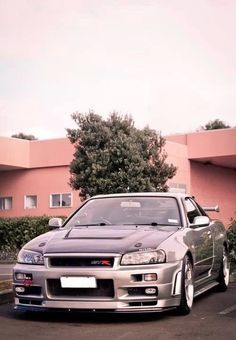 Nissan Skyline GTR is in love R34 Gtr, Nissan Gtr Skyline, Nissan 370z, Japanese Domestic Market, Tuner Cars, Jdm Cars, Godzilla, Japan Cars, Modified Cars