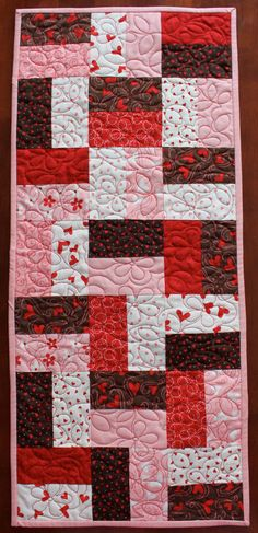 Simple Valentine's Table Runner