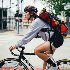 Jo.  We are a Social App dedicated to #Fixie bikes on Smartphone. Join us share some good stuff and lets build that Community together! - - Posted by @notmattlingo #fixedgear #fixieapp #fixieporn #bike #ride #bicycle #trackbike #biking #fixielife #fixedgearbikes #singlespeed #fixieculture #TrackStand #velo #pignonfixe #fahrrad #Bicycle by fixieapp