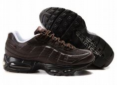 los angeles 056d2 c520b com Nike Air Max 95 Men s Running Shoe Brown Black Sale