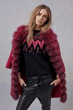 http://www.vogue.com/fashion-shows/pre-fall-2017/ermanno-scervino/slideshow/collection