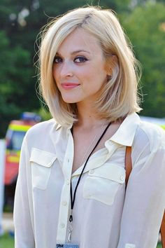 blonde A-line bob hairstyle | For more style inspiration visit 40plusstyle.com
