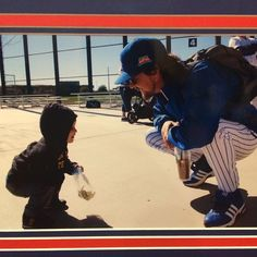 My wife met Eddie Vedder back in January @cubs fantasy camp and took this amazing picture with one of our sons! Thanks Eddie @pearljamofficial #PearJam #EddieVedder #Cubs