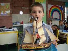 """Résultat de recherche d'images pour """"bateau en carton"""""""