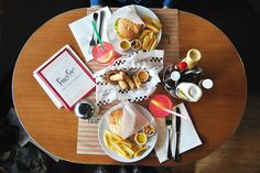 Peggy Sue's, restaurante americano