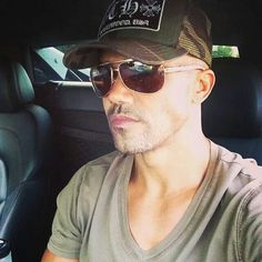 Shemar...early Monday morning blues