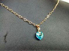 una mujer siempre gustará de tener un corazón de cristal. #swarovski #goldfilled
