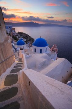 Santorini, Greece Photo & image by Peter James Day ᐅ View and rate this photo free at fotocommunity. Discover more images here. Santorini Island, Santorini Greece, Crete Greece, Athens Greece, Beautiful Places To Travel, Beautiful World, Dream Vacations, Vacation Spots, Italy Vacation