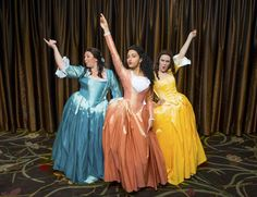 The Schuyler Sisters Broadway Costumes, Theatre Costumes, Cool Costumes, Cosplay Costumes, Musical Theatre, Halloween Costumes, Cast Of Hamilton, Hamilton Musical, Horror Picture Show