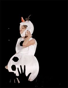 Taylor as Olaf in Tampa