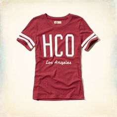 Lightweight and comfortable with ringer detailing at sleeves and Hollister logo graphic, Imported<br><br>60% cotton / 40% polyester