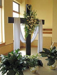 Easter decorations for church saint paul today beautiful church awaits you for easter easter easter cross craft for kids Church Altar Decorations, Church Christmas Decorations, Craft Decorations, Easter Flower Arrangements, Easter Flowers, Church Foyer, Church Stage, Altar Design, Crosses Decor