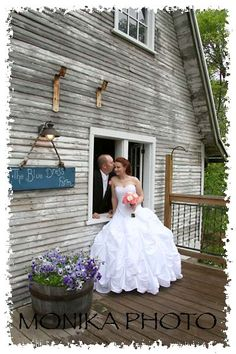 Blue Dress Barn Michigan Wedding Venue