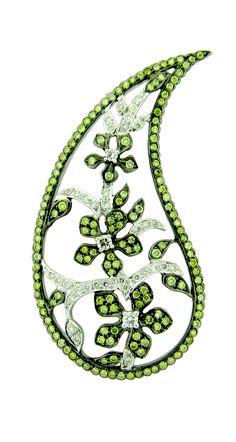 Sethi Couture Paisley Lace Earrings